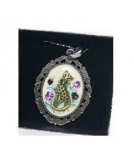Prospect Creations Upcycling Pendant 2 Purrfection