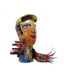 Nanin i Mestre Boy with scarf Sculpture Upcycling